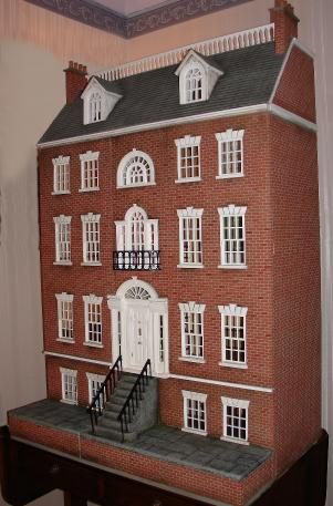 Brick Georgian dollshouse