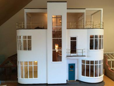 art deco dollshouse