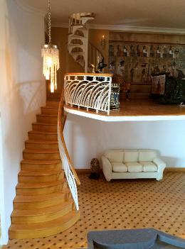 deco dollshouse stairs